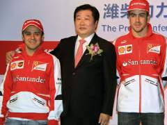 Felipe Massa y Fernando Alonso, en China