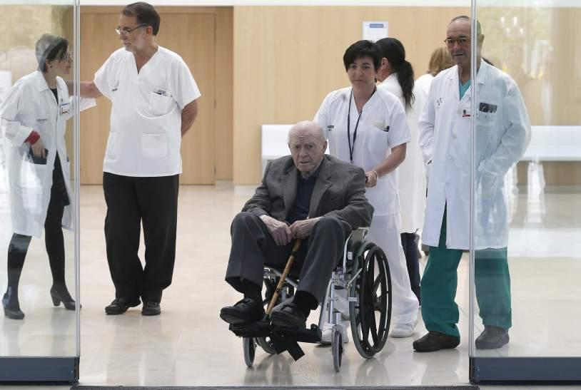 Di Stéfano abandona el hospital