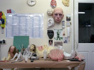 'Ron Mueck's Studio, January 2013' - Gautier Deblonde