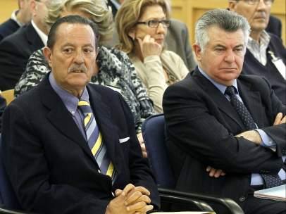 Roca, junto a Julián Muñoz
