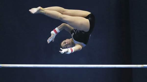La gimnasta Roxana Popa