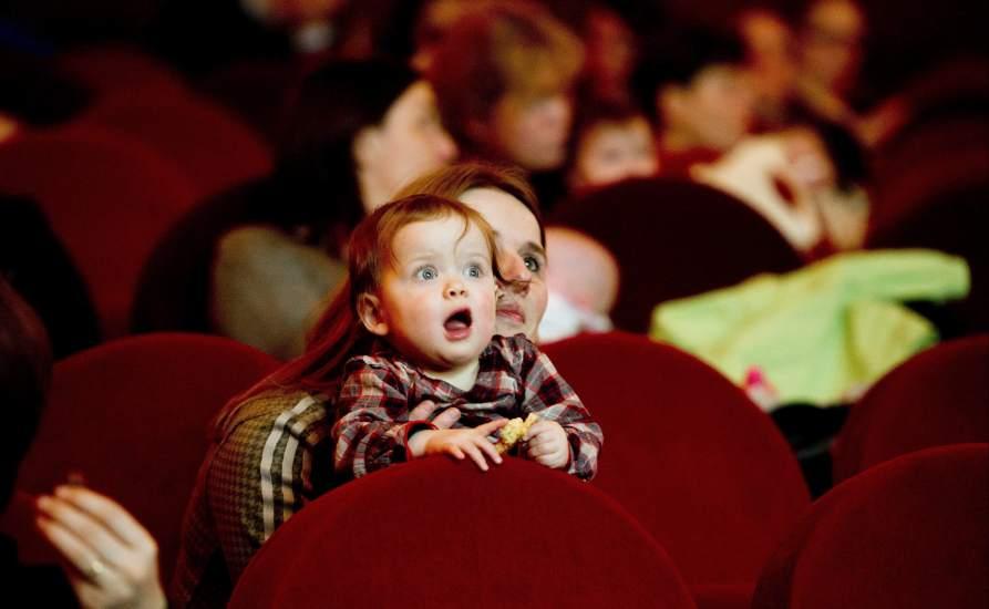 El ltimo fin de semana fue en espa a el de menos - Fotos de salas de cine ...