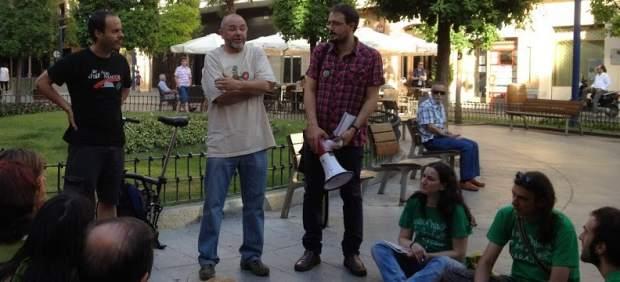 Ángel Sáez Gil, profesor expedientado por no dar clase para concienciar sobre los recortes