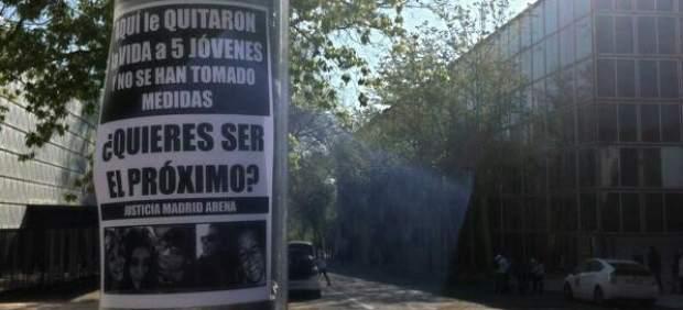 Cartel contra la reapertura del Madrid Arena