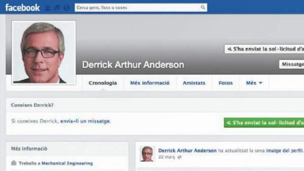 Perfil falso de Facebook