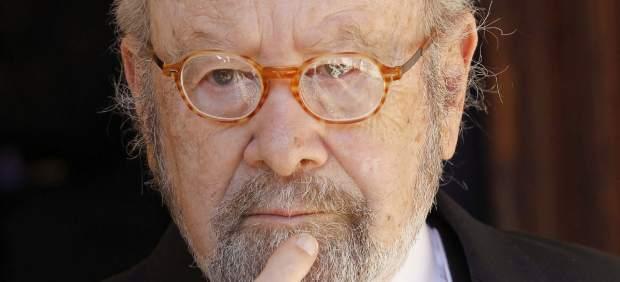 El escritor José Manuel Caballero Bonald, antes de recibir el Premio Cervantes 2012.