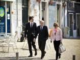 Rubalcaba llegando a la reunión de los lideres socialistas en Lisboa