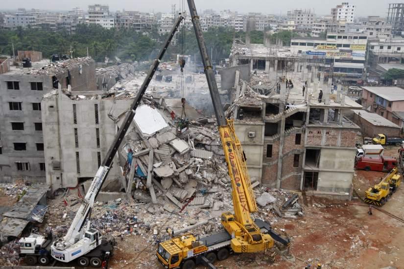 Búsqueda de supervivientes en Bangladés