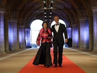 El ministro de Economía holandés y su mujer