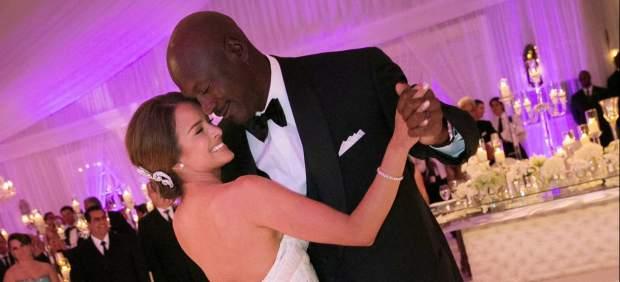 michael jordan se casa con la exmodelo yvette prieto