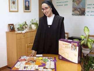 Juego de mesa sobre la fe creado por una monja