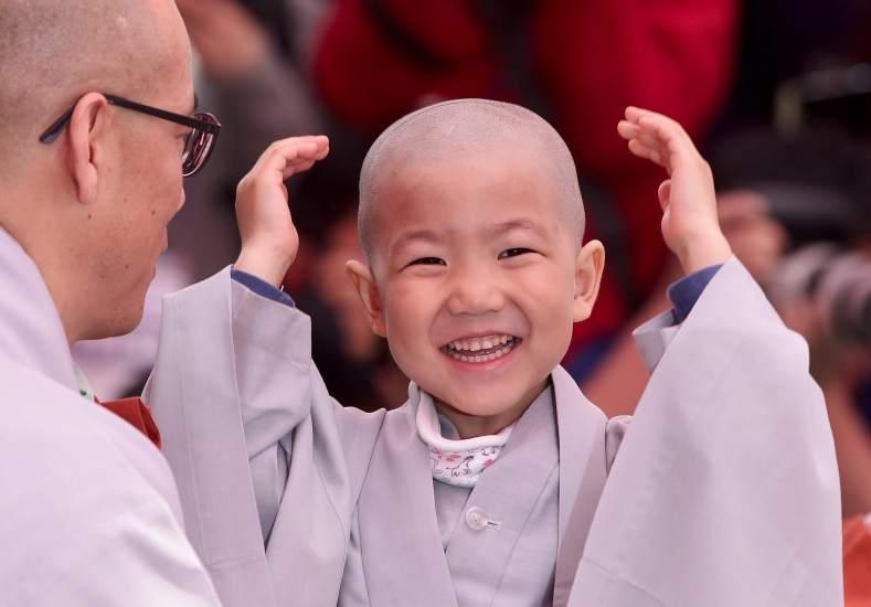 Aprenden a ser budistas