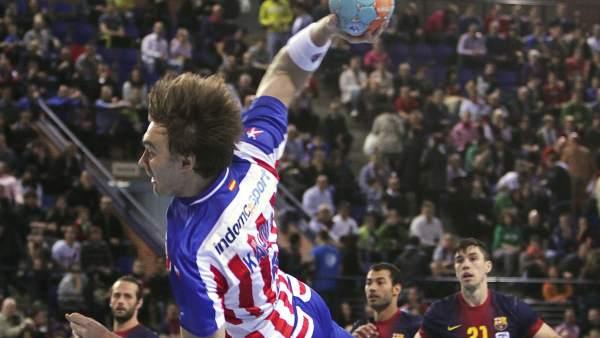 Kallman en el Barça-Atlético de la Copa de Balonmano