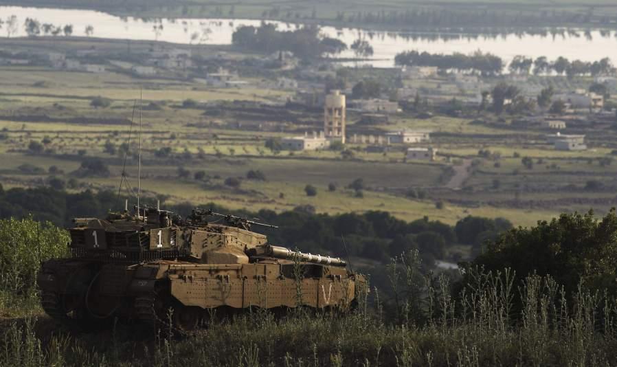 Israel toma posiciones frente a Siria