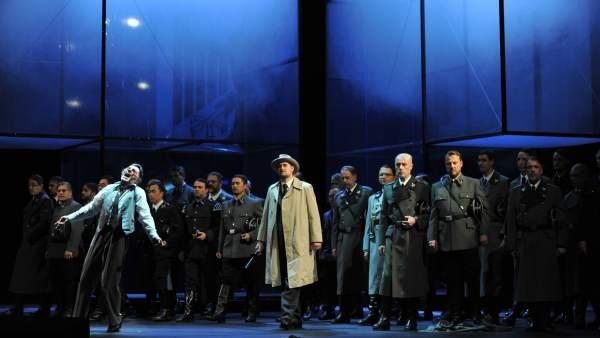 Versión de 'Tannhäuser' de Wagner con escenografía nazi.