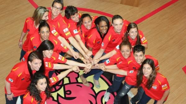 Selección femenina de baloncesto