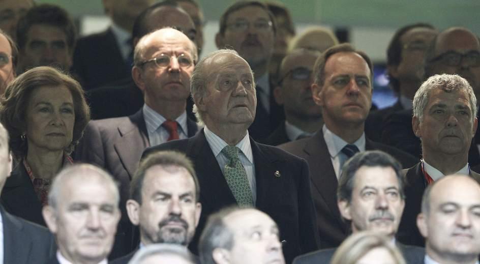 El rey Juan Carlos I en el Bernabéu