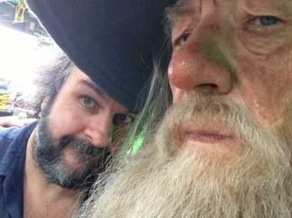 Peter Jackson y Ian McKellen en El Hobbit
