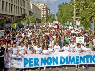 Manifestación en contra de la mafia