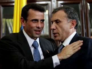 Henrique Capriles y el presidente del Senado de Colombia, Roy Barreras