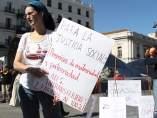 'Flashmob' por los permisos de maternidad