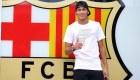 Ver v�deo Neymar posa junto al escudo del Bar�a