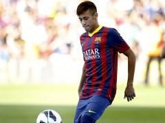 Primeros toques de Neymar en el Camp Nou