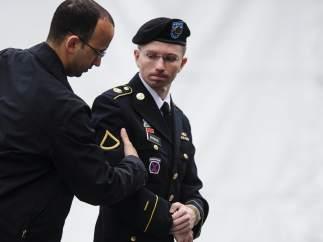 Bradley Manning admite 10 de los 22 cargos