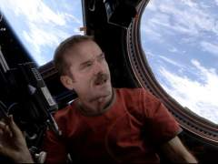 Astronauta Chris Hadfield en la ISS