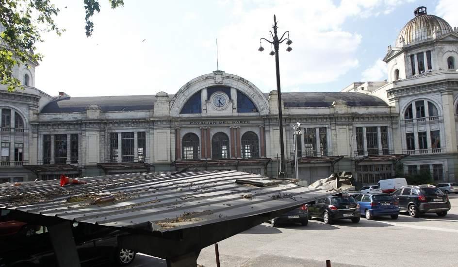 edificio que albergaba la antigua estacin del norte de madrid en prncipe po actualmente est en estado de abandono jorge pars