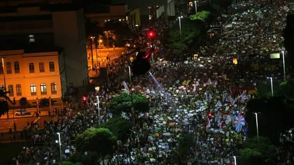 Siguen las protestas en Brasil