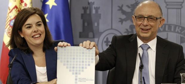 Rajoy 'pone a dieta' a las administraciones: así son las 10 grandes propuestas de la reforma