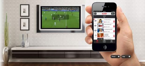 El 'boom' de la televisión social: las series y programas se ven en la tele y se comentan por Internet