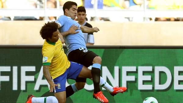 Marcelo y Luis Suárez, Brasil - Uruguay