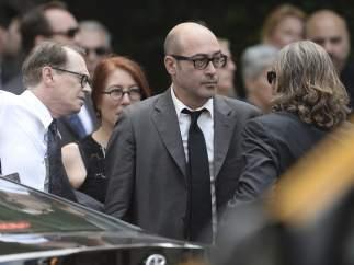 Los actores estadounidenses Steve Buscemi, John Ventimiglia y Michael Imperioli, a su llegada a la Catedral de San Juan el Divino.