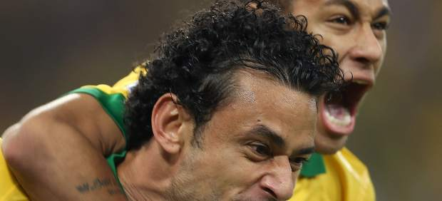 Neymar y Fred con Brasil