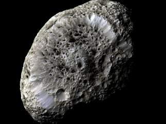 Hiperión, satélite de Saturno.