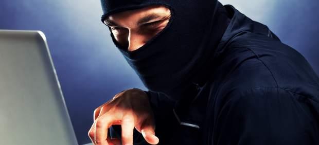"""La cuenta de Twitter de 'Newsweek' pirateada por """"El cibercalifato Estado Islámico"""""""