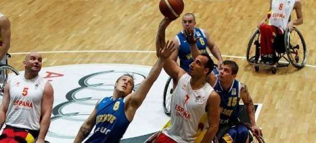 Partido entre España y Suecia en el Europeo 2013 de baloncesto en silla de ruedas