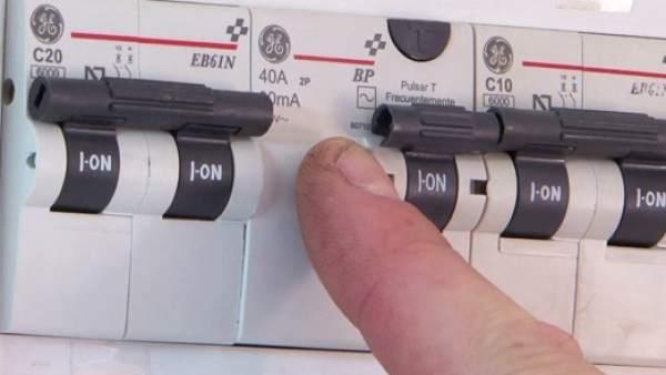 El mal estado de la instalaci n es la principal causa de for Subida de tension electrica