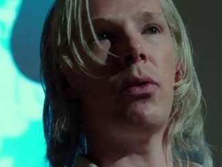 Benedict Cumberbatch como Julian Assange