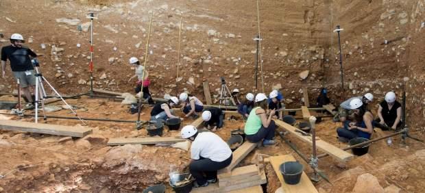 Localizan en Burgos huellas 'únicas' de dinosaurios