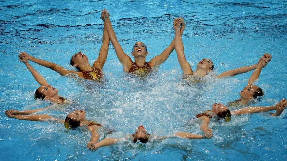 Espa a plata en el ejercicio de rutina t cnica por for Planos de piletas de natacion