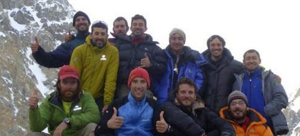 El mal tiempo impide el rescate de los tres alpinistas - Tiempo en pakistan ...