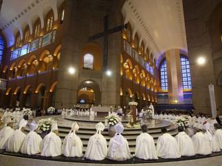 Misa en el Santuario Nacional de Nuestra Señora de Aparecida