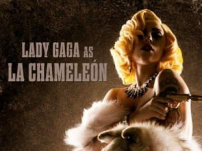 Uno de los carteles de 'Machete Kills', en el que aparece Lady Gaga.