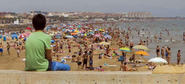 Las aplicaciones de teléfonos móviles llevan los exámenes de septiembre a la playa