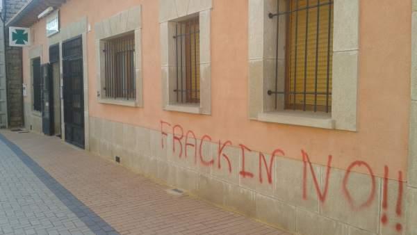 Pintada en la casa del alcalde de Maranchón