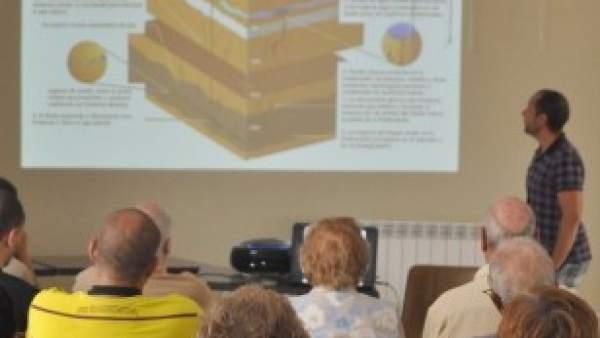 Alberto Mayor Barahona, en una charla contra el 'fracking'