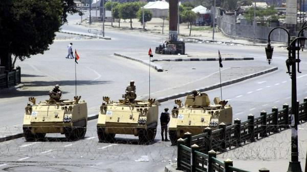 El Ejército controla El Cairo